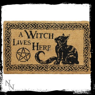 doormat A Witch Lives Here, NNM